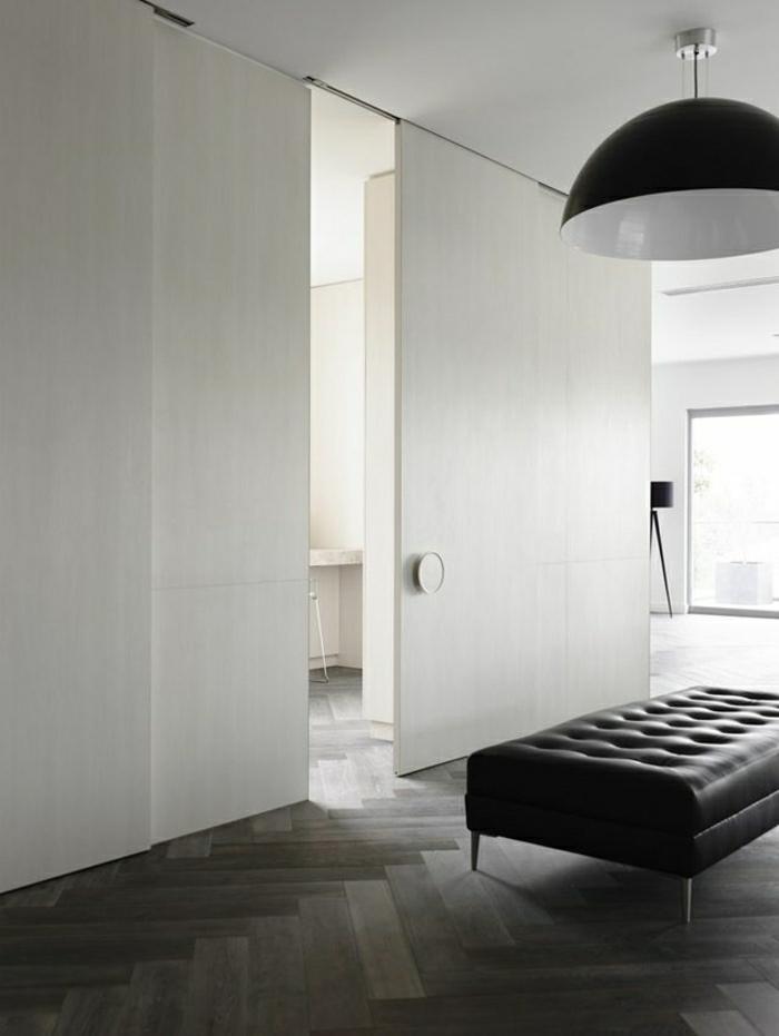 parquet bois noir amazing lgant chambre noir et blanc entre avec un lit queen size de style. Black Bedroom Furniture Sets. Home Design Ideas