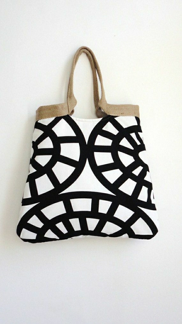1-sac-de-plage-à-main-en-tissu-blanc-noir