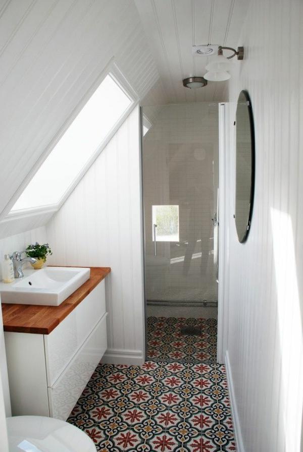 1-salle-de-bain-sous-pente-aménagement
