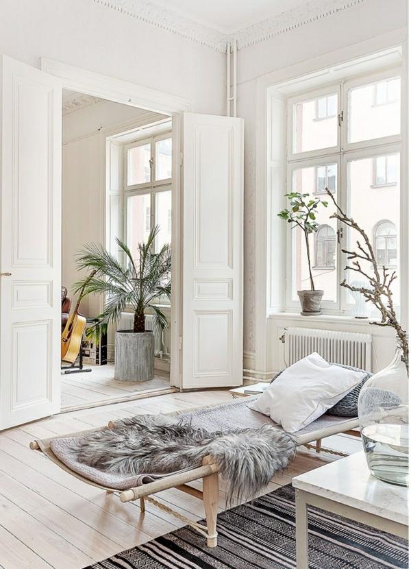 1-salon-cocooning-beige-tapis-coloré-beige-noir-sol-en-plancher