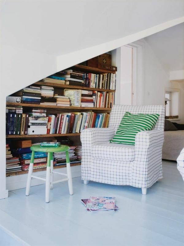 1-salon-sous-pente-aménagement-moderne