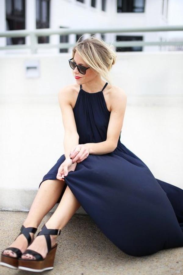 1-sandales-compensées-mode-femme-robe-longue-bleu-ete