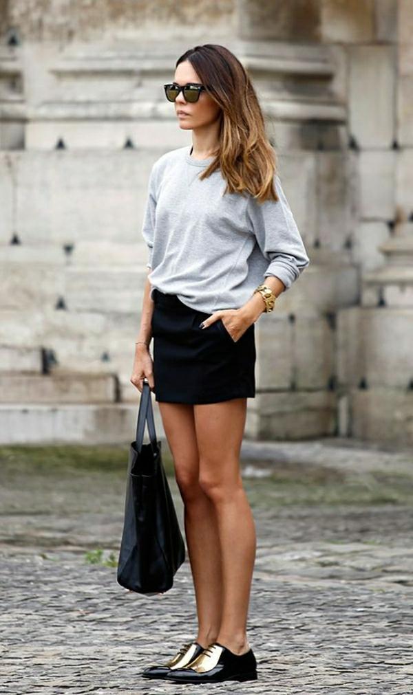 1-sweatshirt-femme-élégant-mode-gris-jupe-noire-lunettes-de-soleil