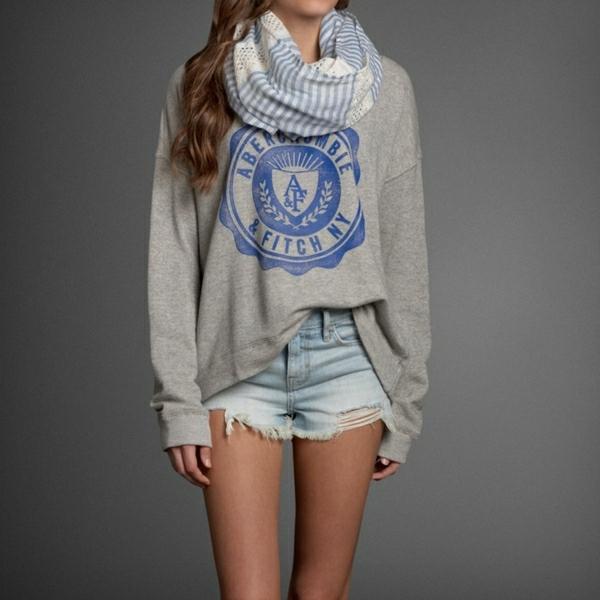 1-sweatshirt-femme-denim-pantalon-court-mode-fille