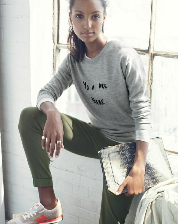 1-sweatshirt-femme-gris-denim-vert-mode-jean-petit-sac-a-main