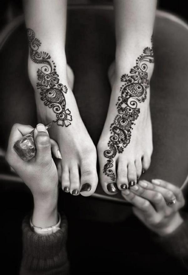 6-comment-la-tatou-henné-est-faite-sur-pieds