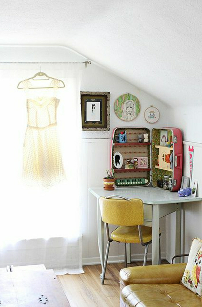 Decoration-chambre-meuble-vintage-air-robe-rideau-bureau