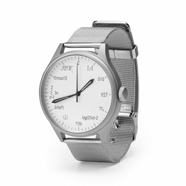Fête-cadeaux-geek-idee-originale-montre-mathematique
