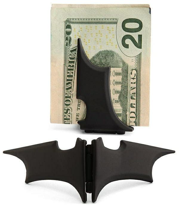 Fete-cadeau-geek-idee-originale-batman-argent-holder