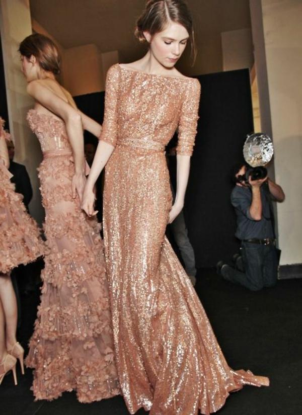Robe-de-mariée-rose-tenue-modele