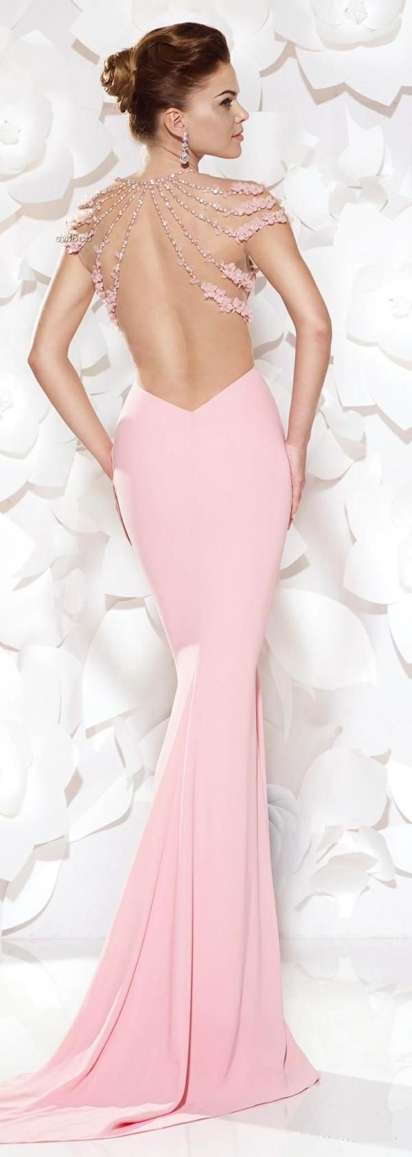 Robe-rose-bebe-de-mariée-élégante-