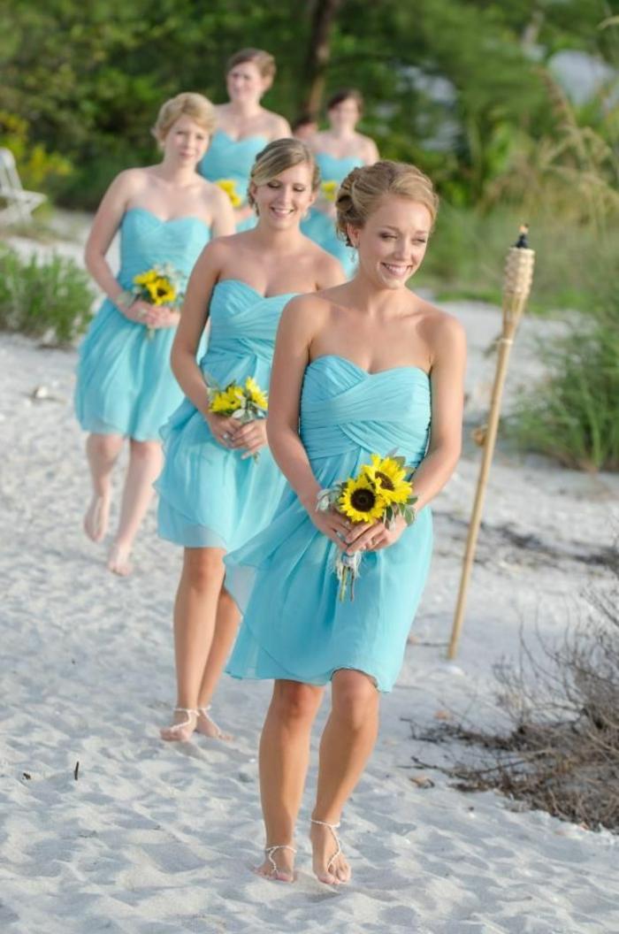 La robe de demoiselle d 39 honneur choisir la meilleur for Robes de demoiselle d honneur aqua pour mariage sur la plage