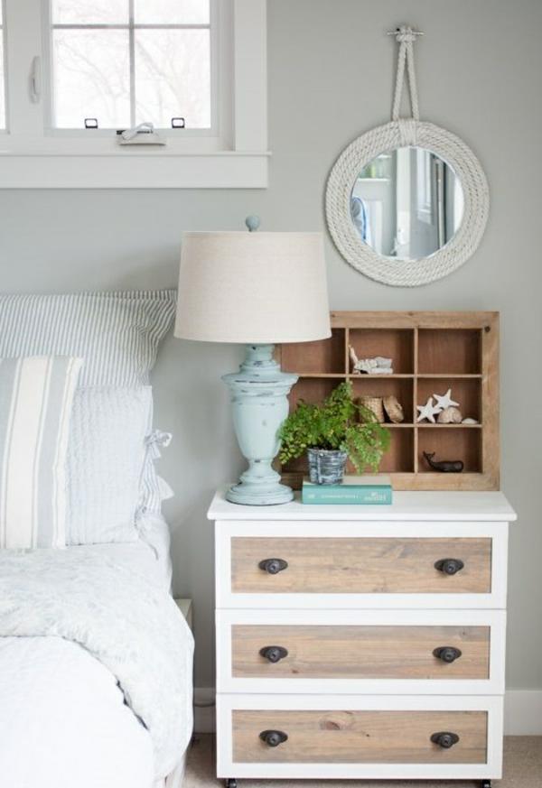 Table-de-chevet-idée-décoration-blanc-et-bois