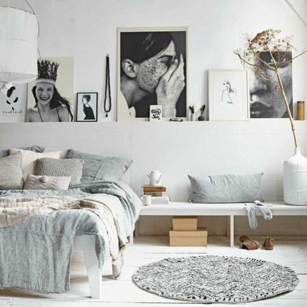 Table-de-chevet-idée-décoration-tapis-ronde-petite