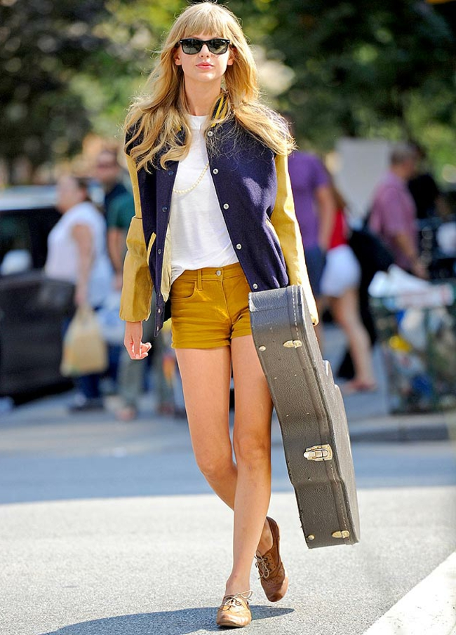 Taylor-Swift-valise-a-main-guitar