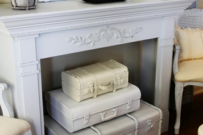 Valise-bricolage-idée-créative-chambre-blanche-cheminée