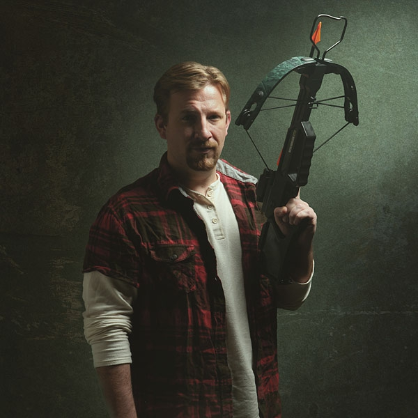 Walking-Dead Roleplay-Weapon-Daryl's-crossbow-geek-cadeaux