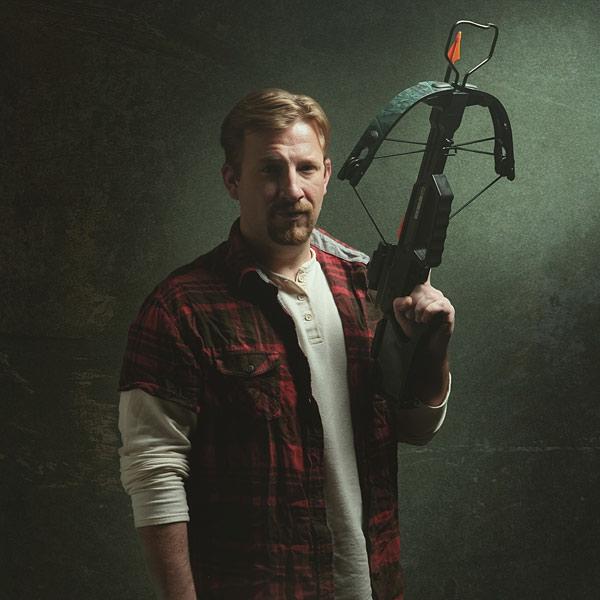Walking-Dead Roleplay-Weapon-Daryl's-crossbow-geek-cadeaux