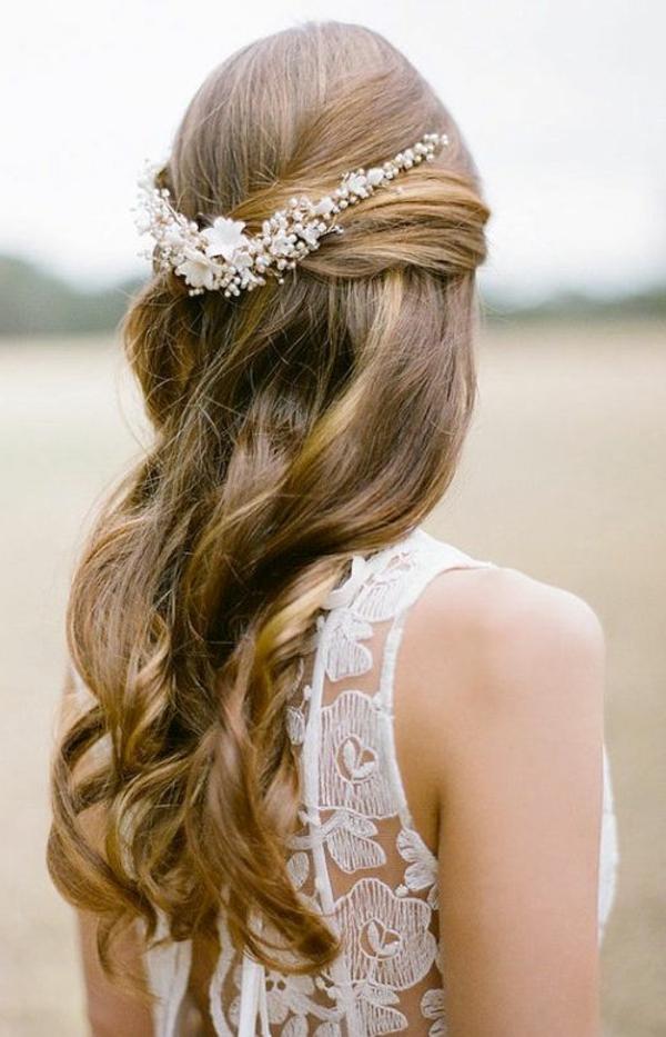 accessoire-de-cheveux-bijou-femme-blonde-princesse-mariage