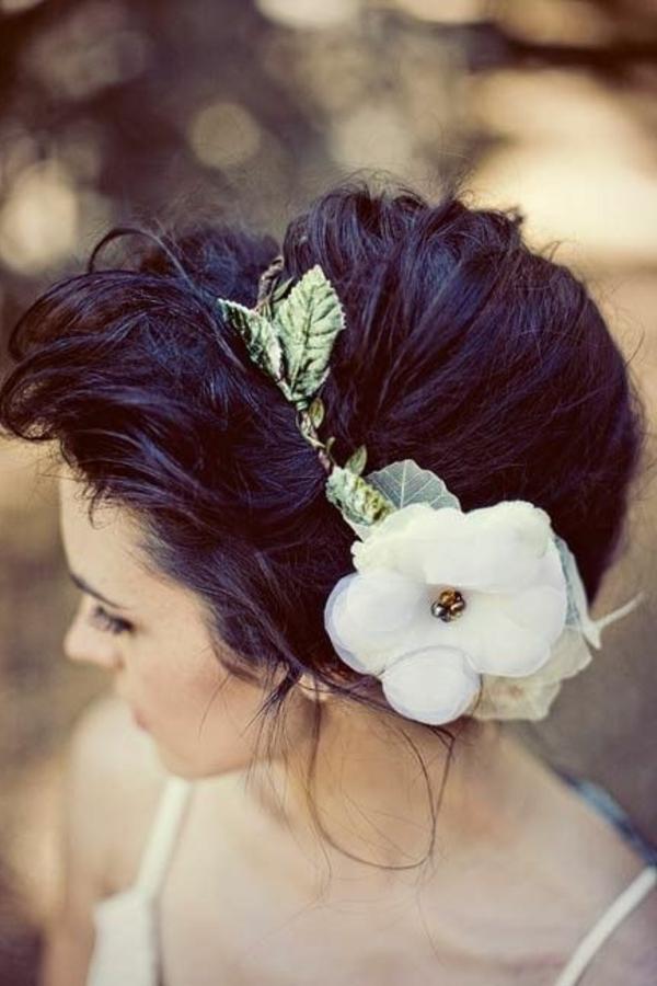 accessoire-de-cheveux-bijou-femme-fleurs-décoratifs