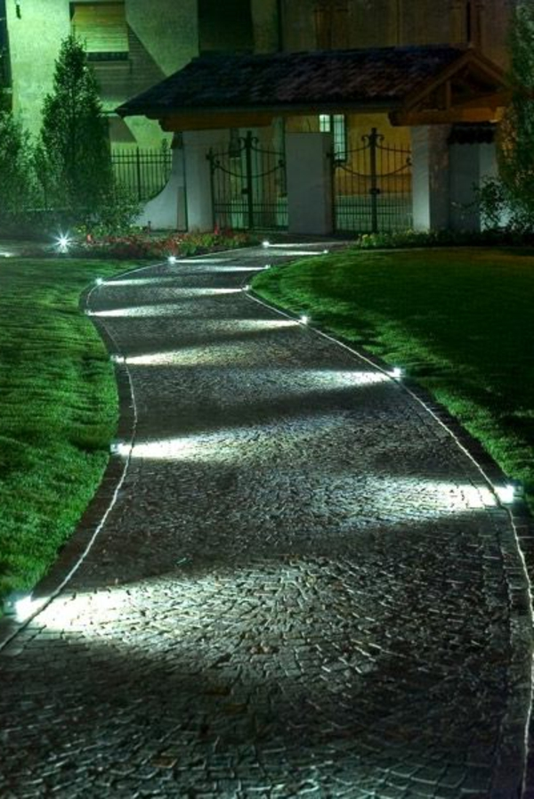 19 solar halloween pathway lights do it yourself for Decoration pour jardin exterieur 3 decoration cuisine nordique