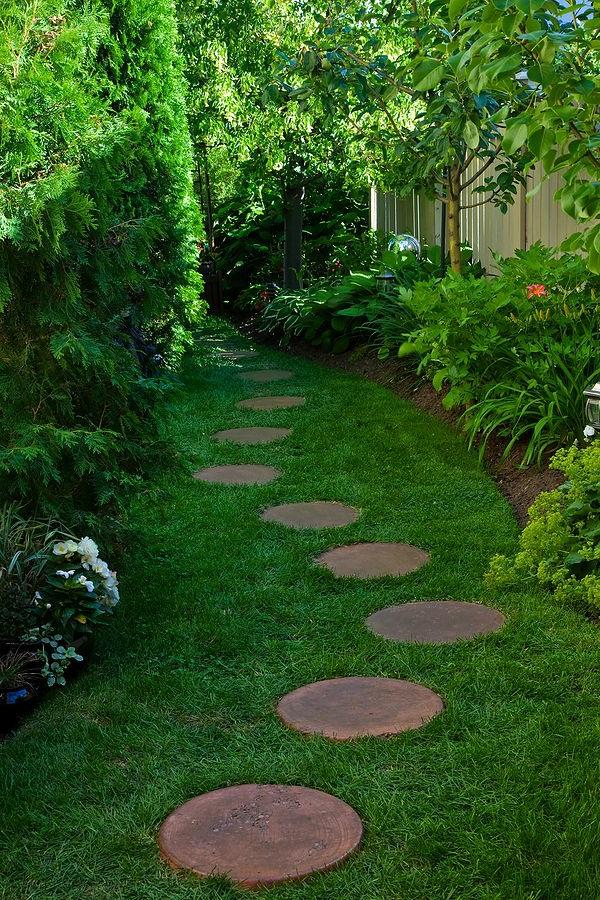 allées-de-jardin-allée-inspirante-dans-le-jardin