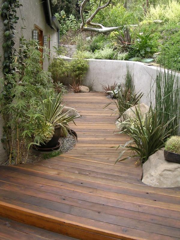 allées-de-jardin-en-bois-revêtement-de-sol