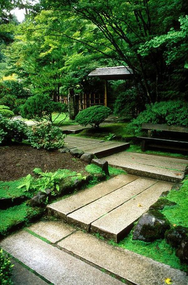 allées-de-jardin-une-allée-inspirante-dans-un-jardin-japonais