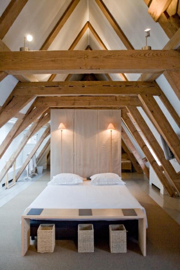 aménagement-sous-pente-chambre-lit