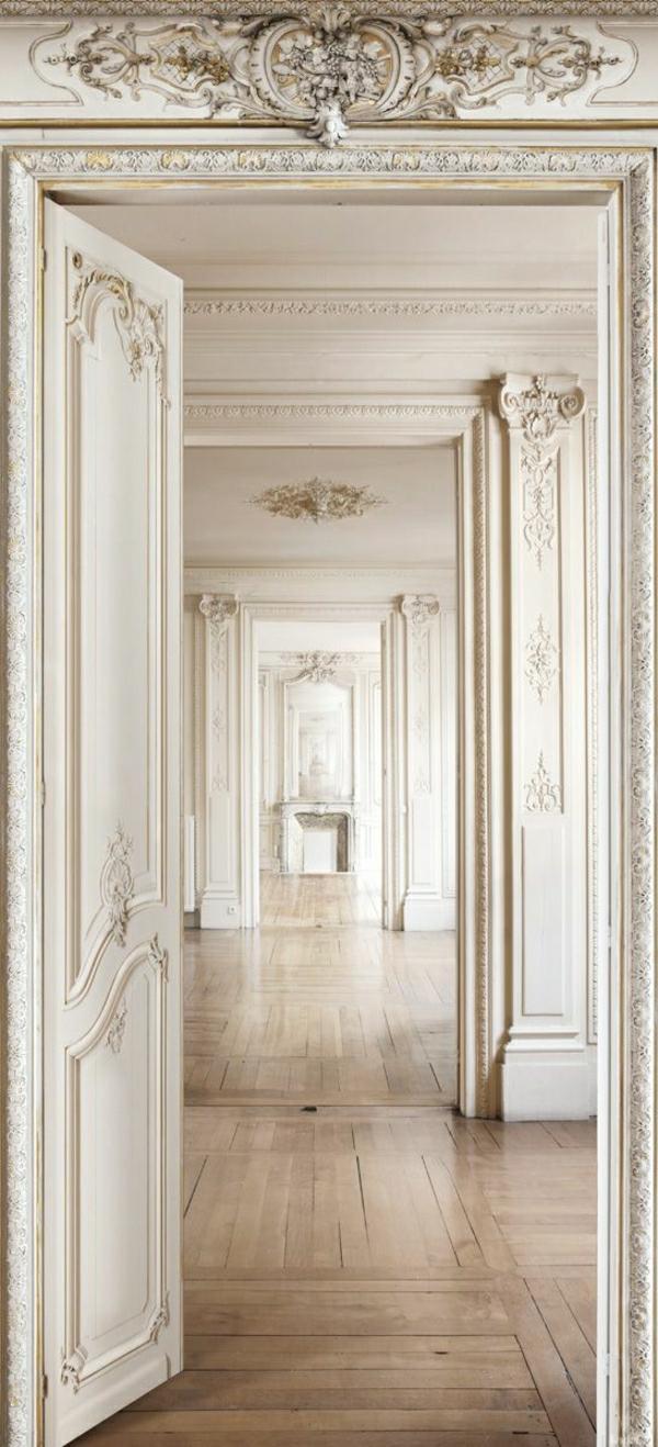 architecture-classique-maison-intérieur-classique-blanc-ornament