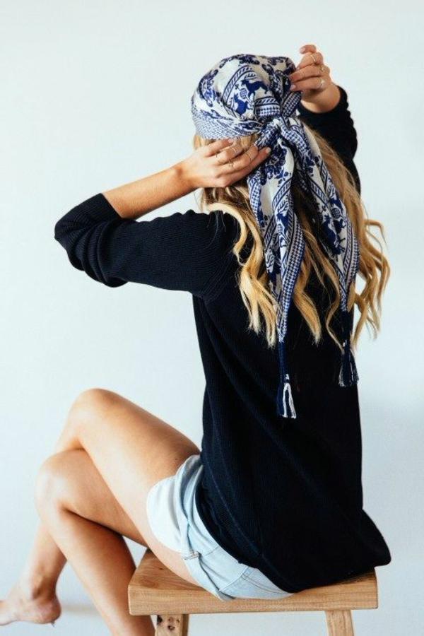 bandeau-cheveux-fille-cheveux-longs-blondes-bandeau-blanc-bleu