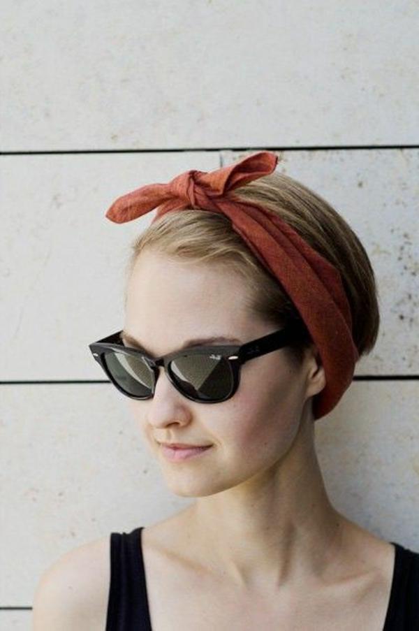 bandeau-pour-cheveux-fille-blonde-lunettes-de-soleil-choisir