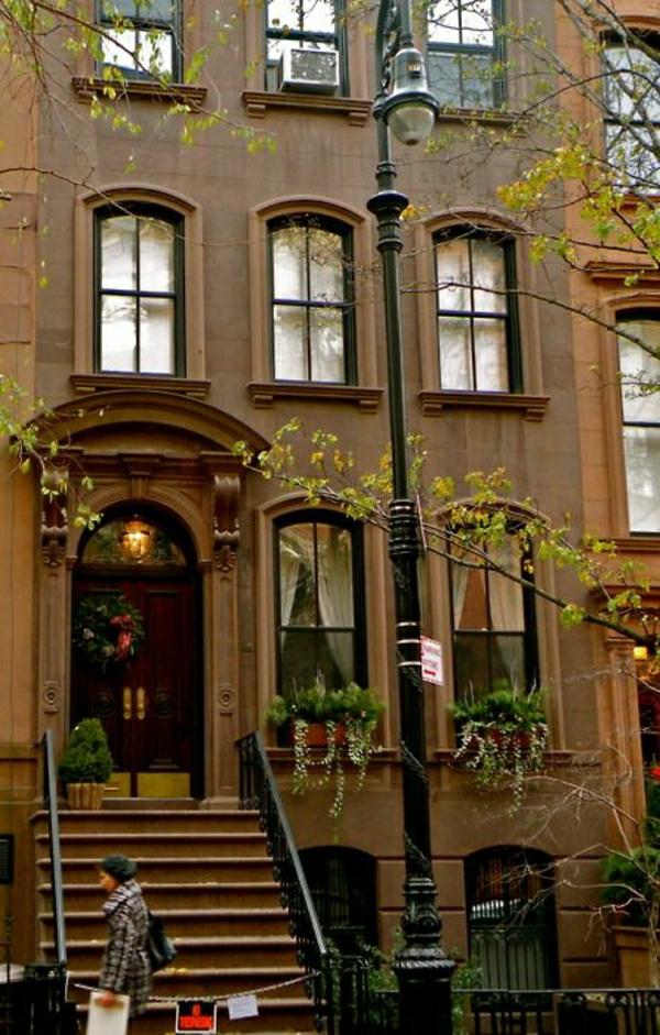 batiment-classique-architecture-art-classique-facade-baroque