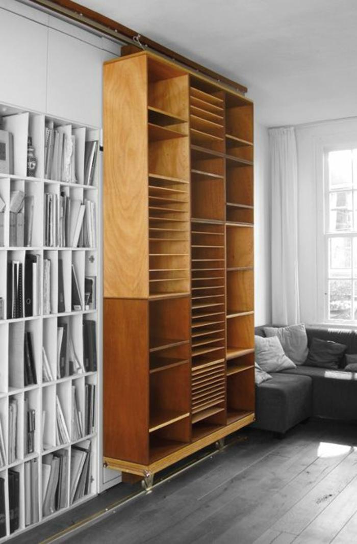 boite-de-rangement-meuble-d-appoint-en-bois-salon-canapé-gris-coussins-gris