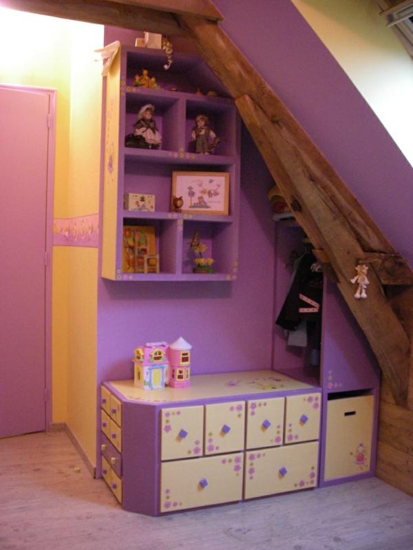 chambre-d-enfant-sous-pente-placard