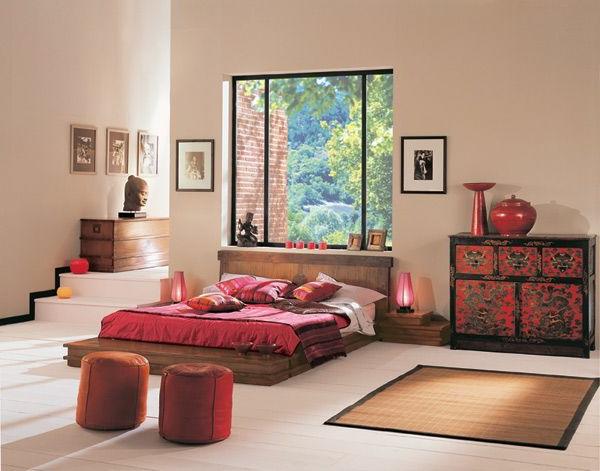chambre-zen-lit-plateforme-touches-rouges