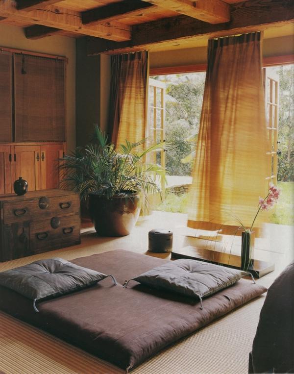 chambre-zen-matelas-et-coussins-de-sol