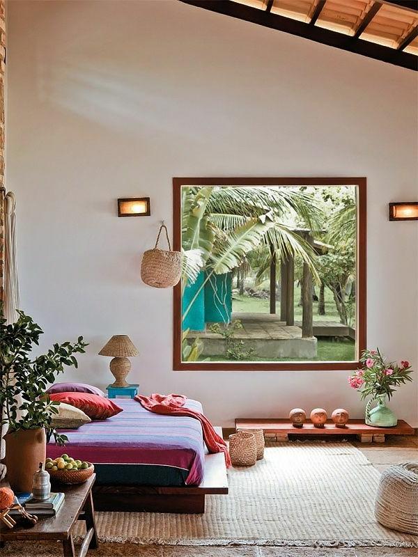 chambre-zen-tapis-et-tabouret-en-matière-naturelle