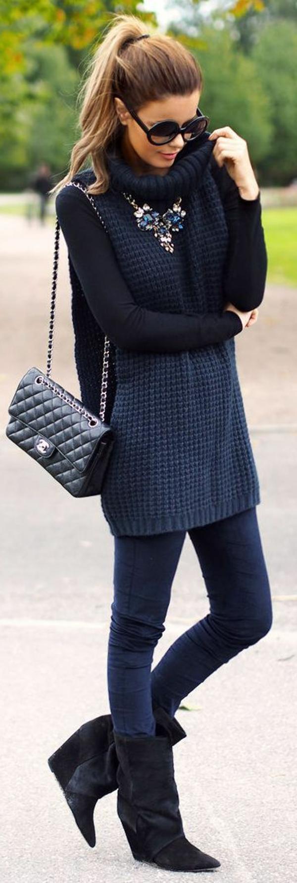 collier-plastron-accessoires-pour-la-feme-moderne