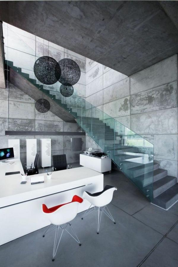contemporaines-cuisines-idee-deco-table-chaises-lustre-escalier-colimacon