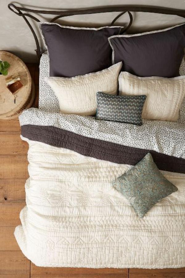 couvres-lit-boutis-les-lits-coucher-idees
