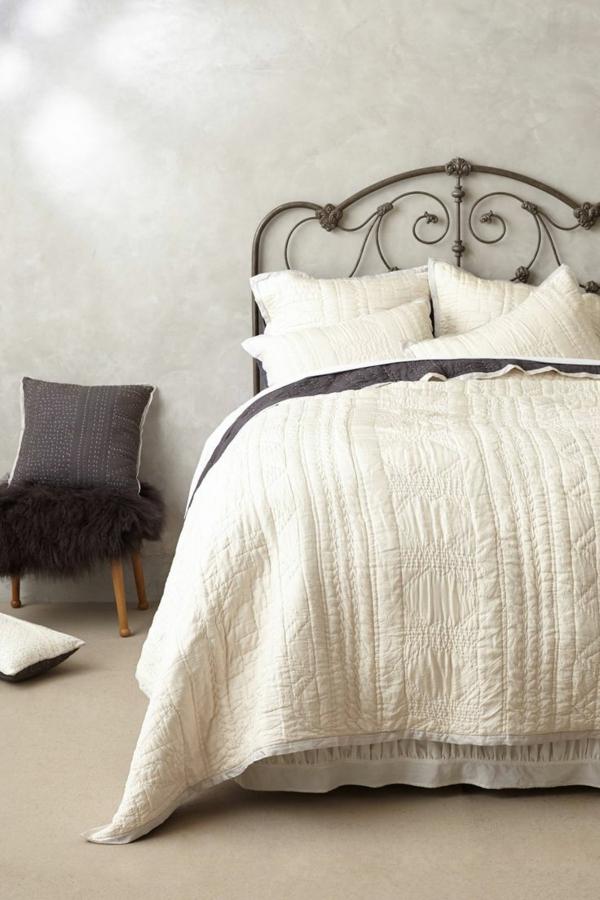couvres-lit-boutis-les-lits-coucher-lit-fer