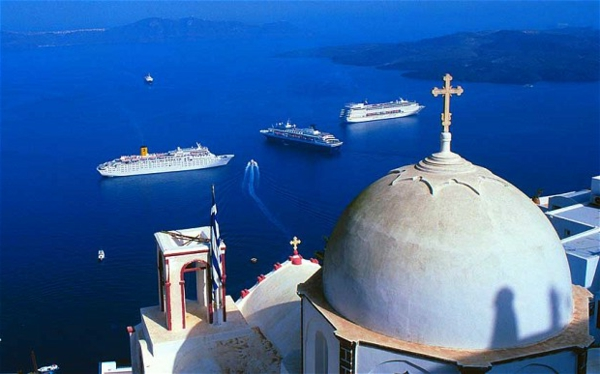 croisières-en-méditerranée-Santorine