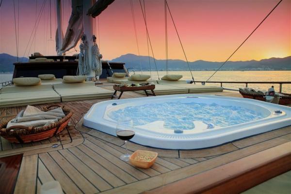 croisières-en-méditerranée-croisière-en-yacht
