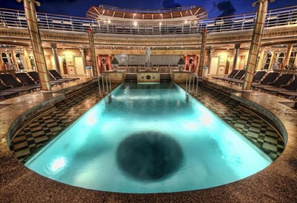 croisières-en-méditerranée-le-bord-du-navire