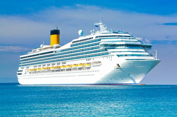 croisières-en-méditerranée-les-grands-vaisseaux-touristiques