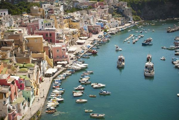 croisières-en-méditerranée-port-Naples
