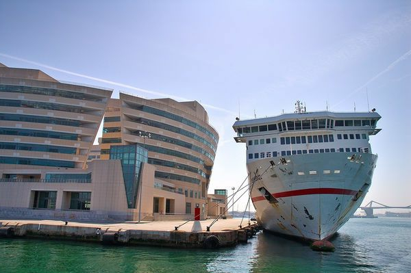 croisières-en-méditerranée-un-grand-port