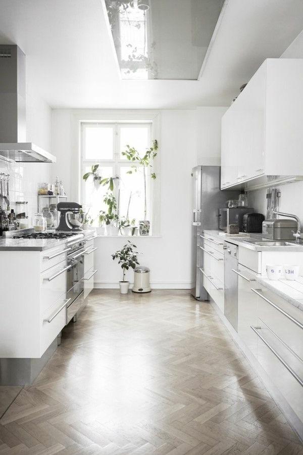 cuisine-moderne-design-blanche-plantes-vertes