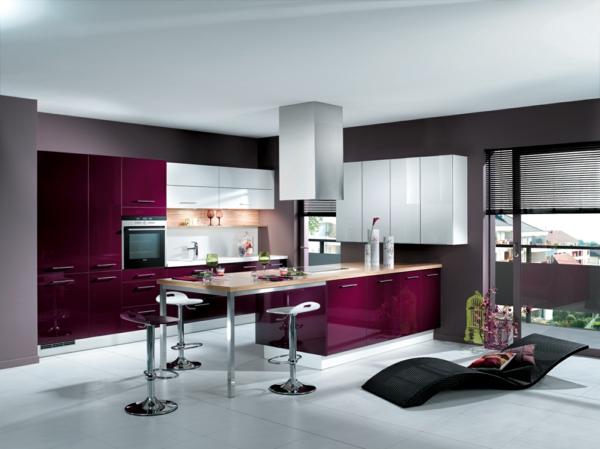 decoration-ultramodern-cuisine-violet-confort
